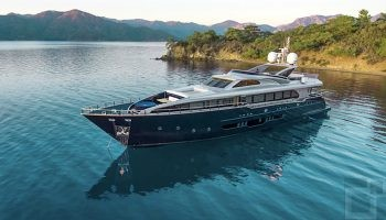 Nis Yachting Murmelz Luxury Travels